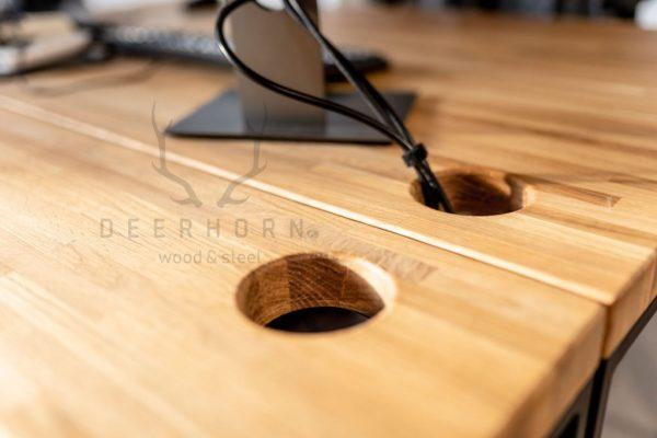 blaty dębowe w biurze