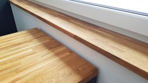 drewniany parapet