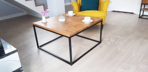 minimalistyczny stolik kawowy