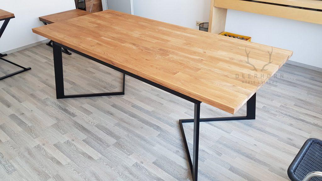 dębowy stół konferencyjny