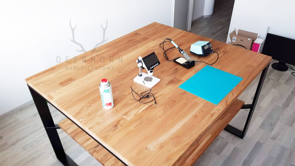 stoły robocze z drewna