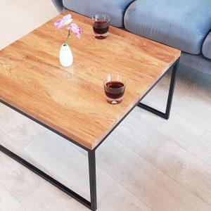 mały stolik kawowy
