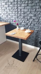 stolik do kawiarni