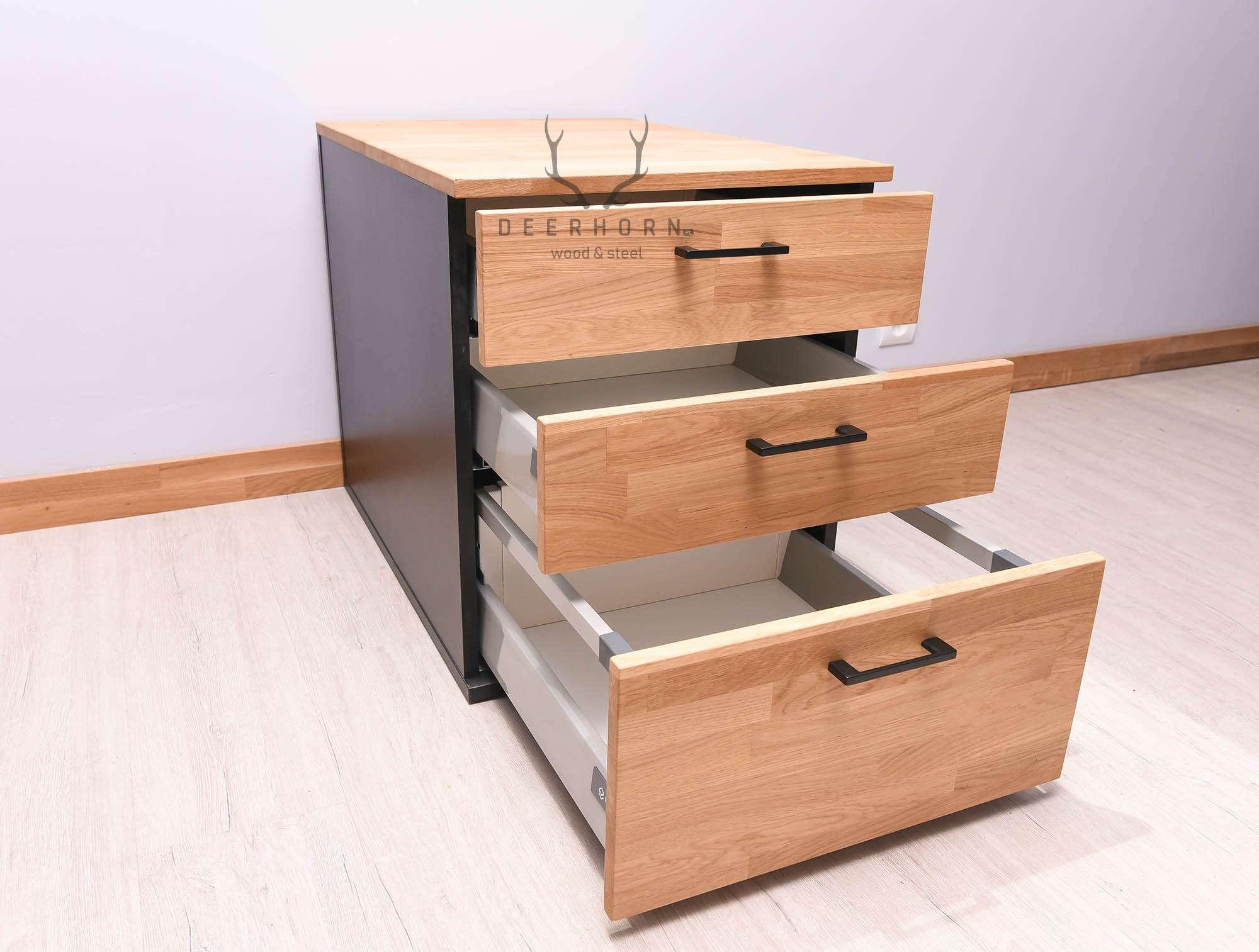 drewniany mobilny kontener z szufladami