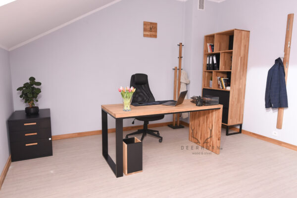 meble loftowe z drewna i metalu