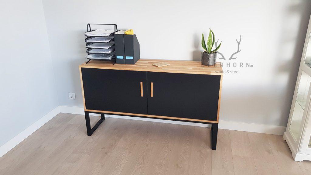 drewno w biurze