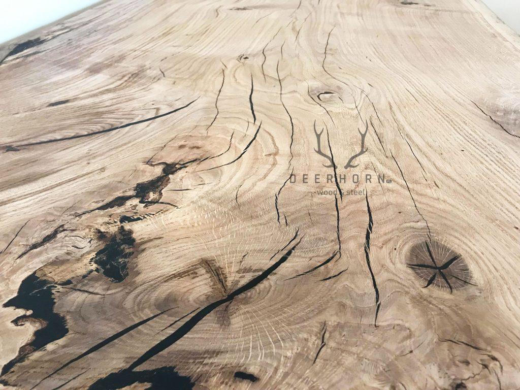 blat zjednego kawałka drewna