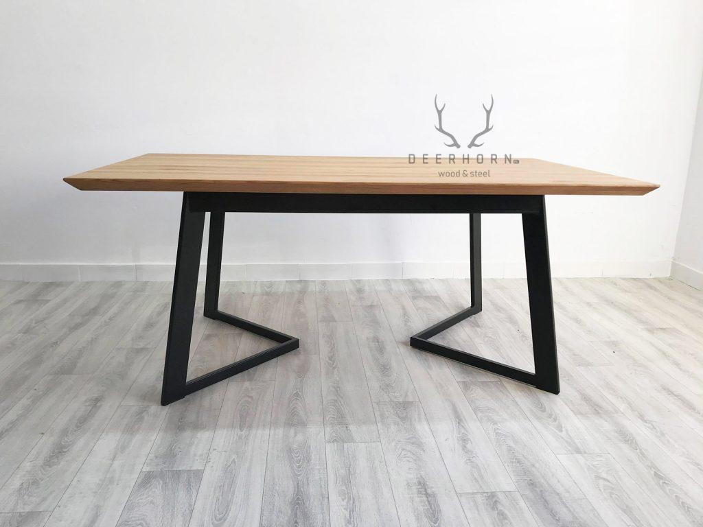 nowoczesny stół dębowy