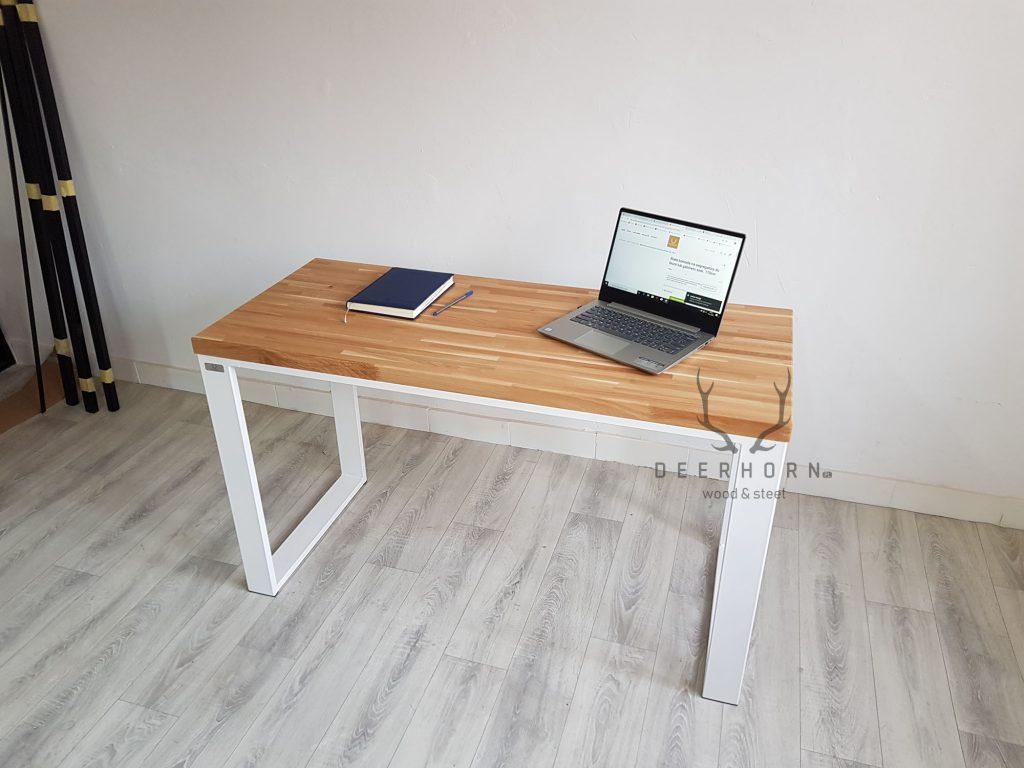biurko z drewnianym blatem loft