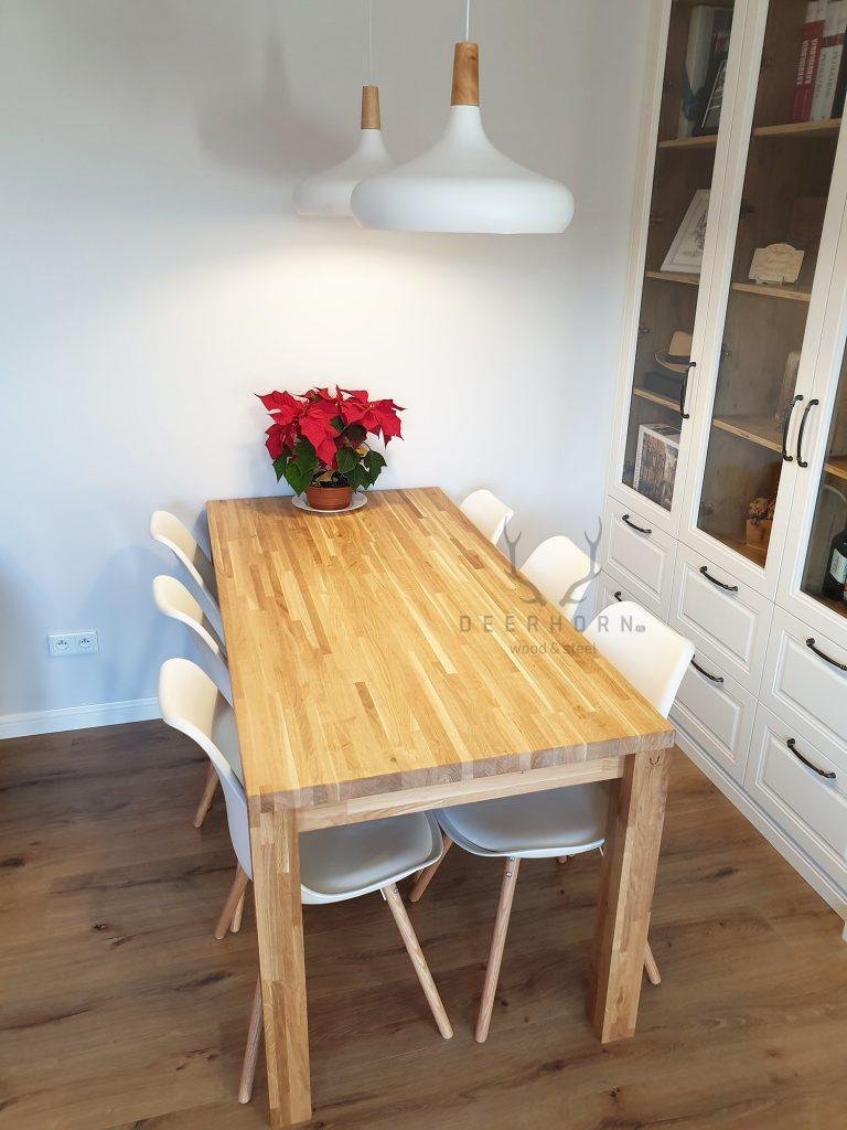 modny stół drewniany