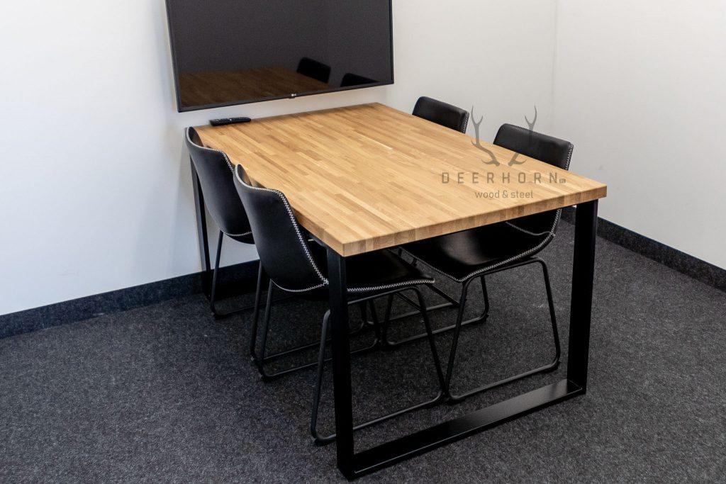 mały stół konferencyjny
