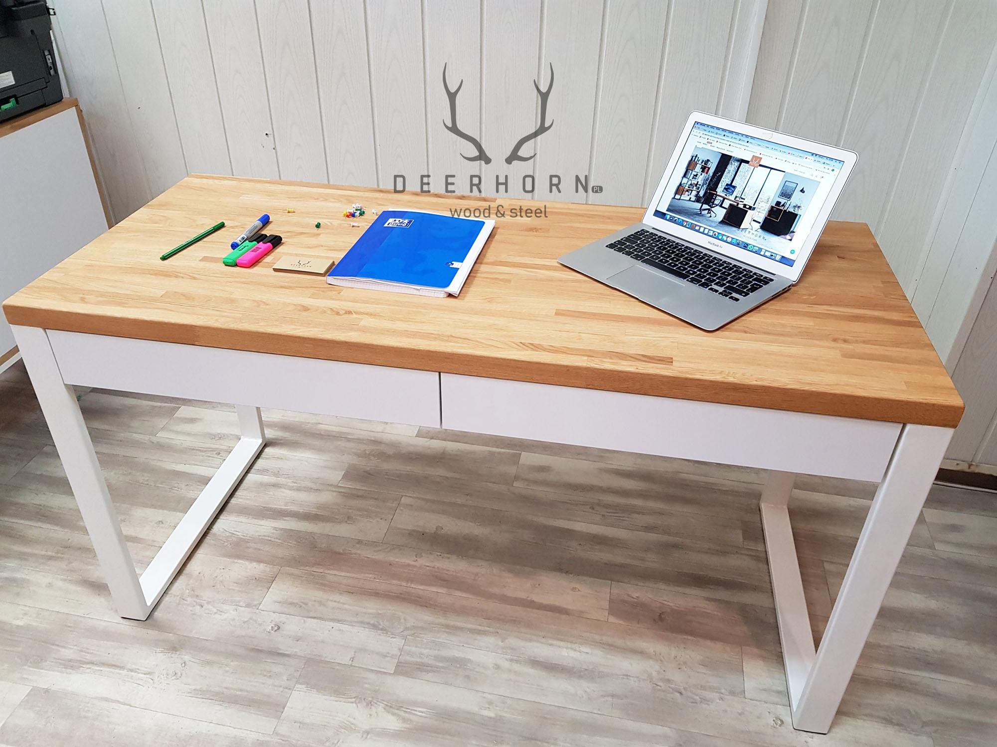 Białe, młodzieżowe biurko z drewnianym blatem i szufladami ...