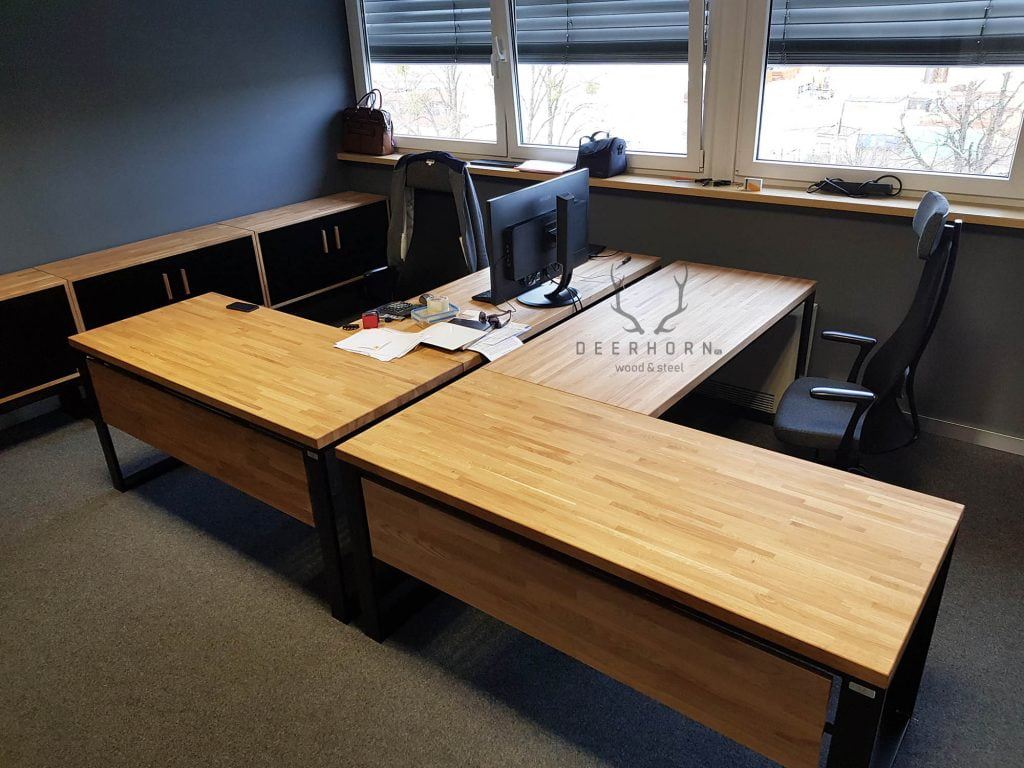 komplet biurek dębowych