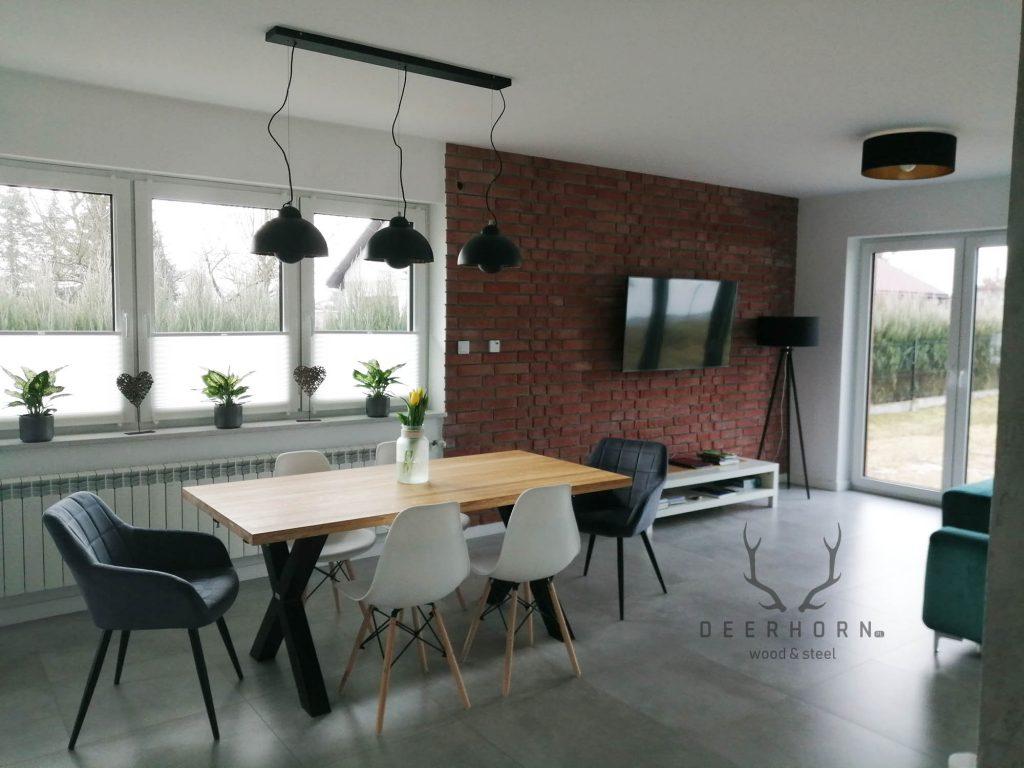 stół dojadalni wstylu loftowym