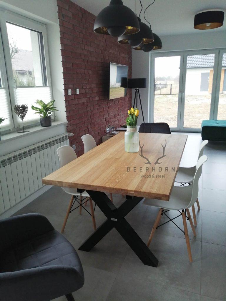 stół znogami X