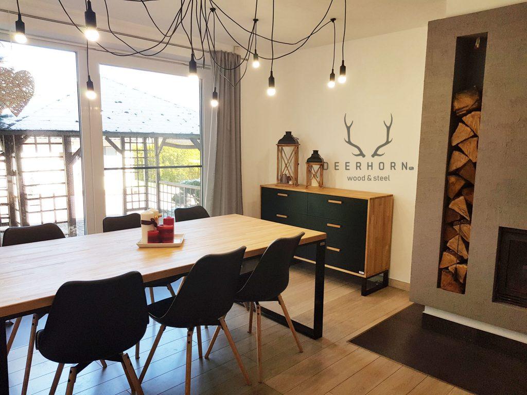 stół loftowy z drewnianym blatem