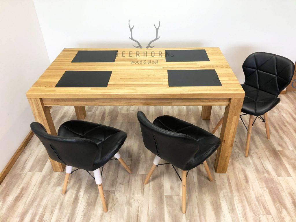 ponadczasowy stół zdrewna