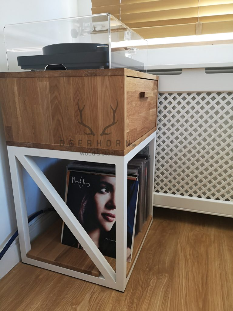 loftowa szafka podgramofon