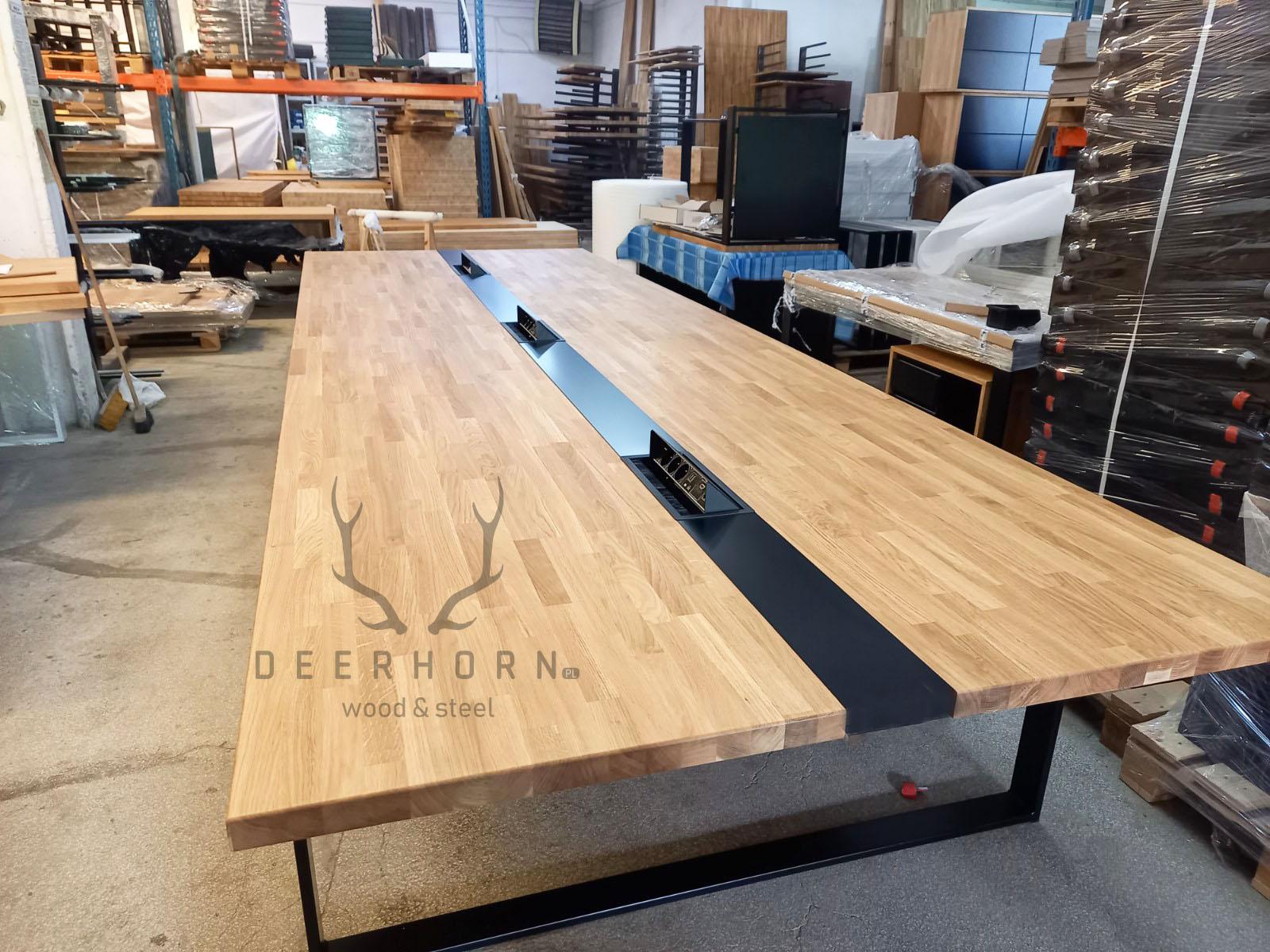 stół konferencyjny drewno metal