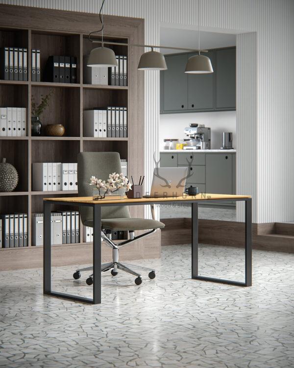 biurko loftowe z drewna i metalu