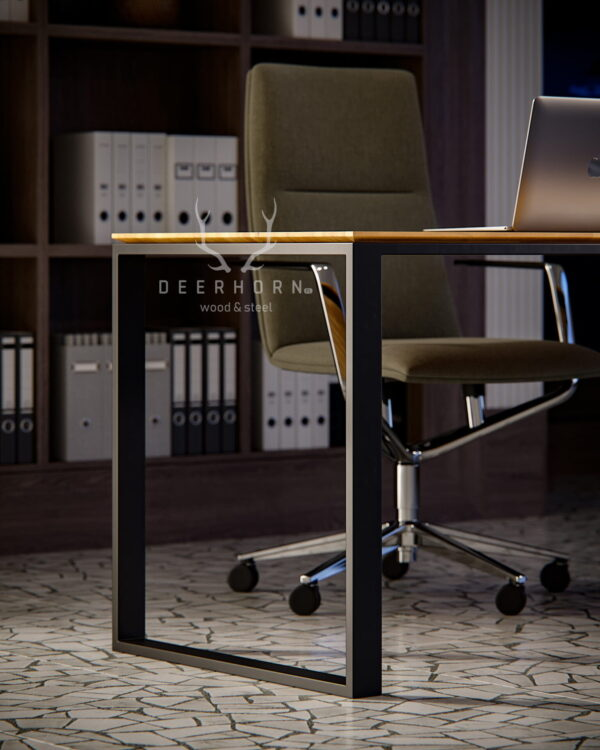 biurko z drewnianym blatem slim