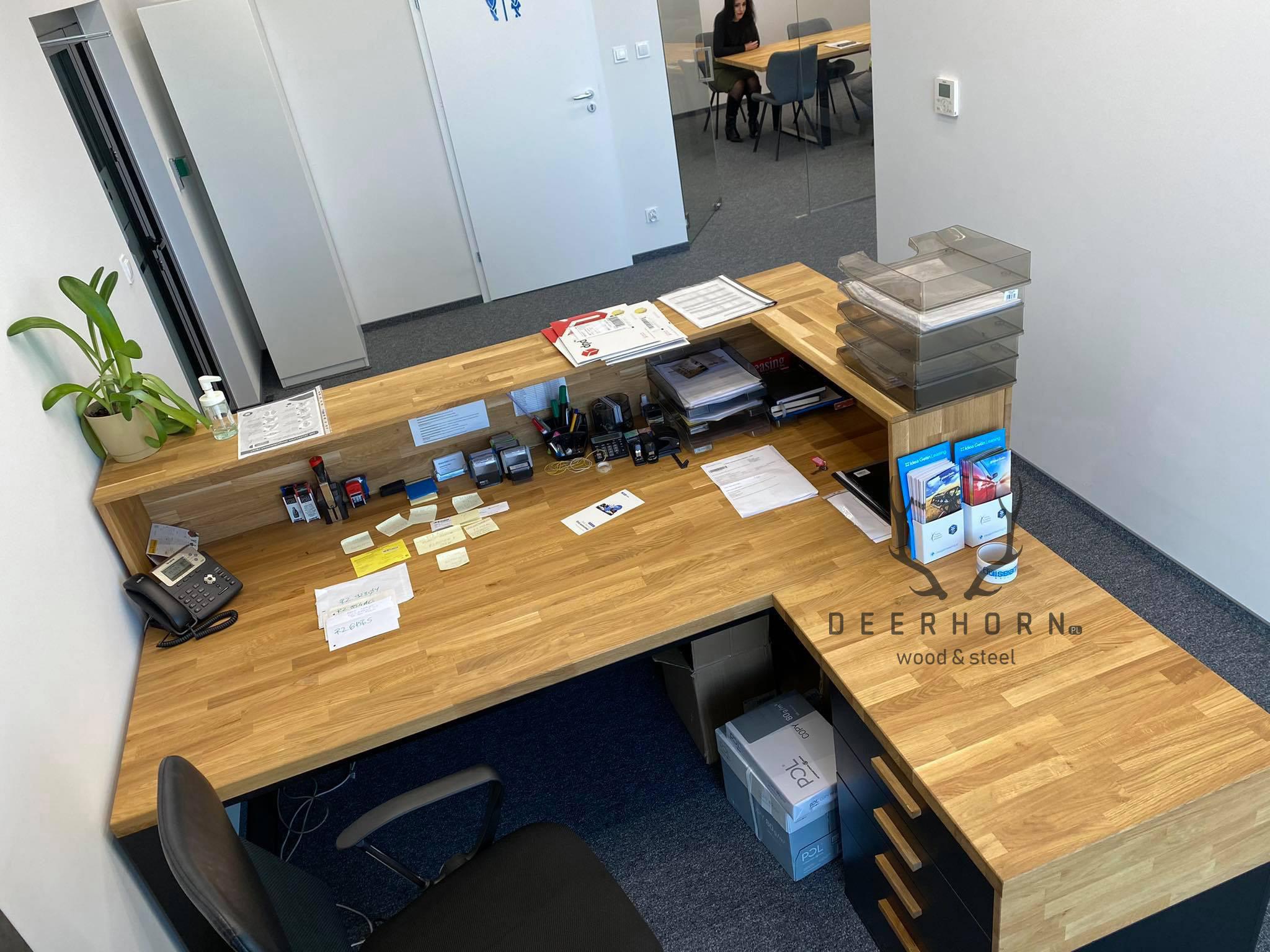 meble biurowe zdrewna imetalu