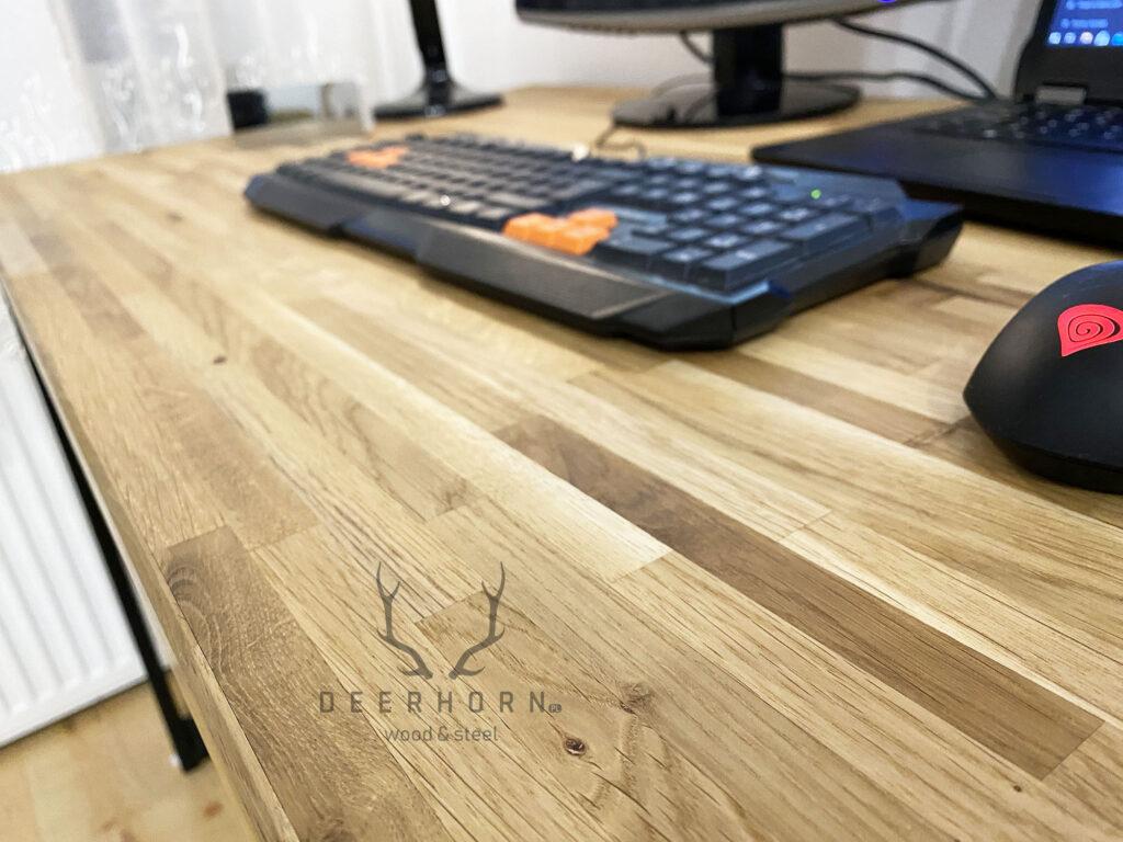biurko drewno metal
