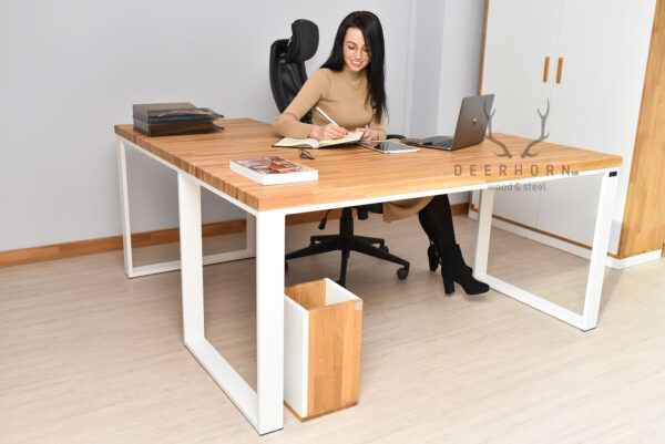 kobiece meble do biura
