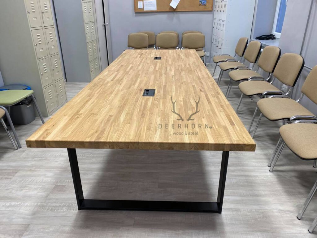 stół konferencyny