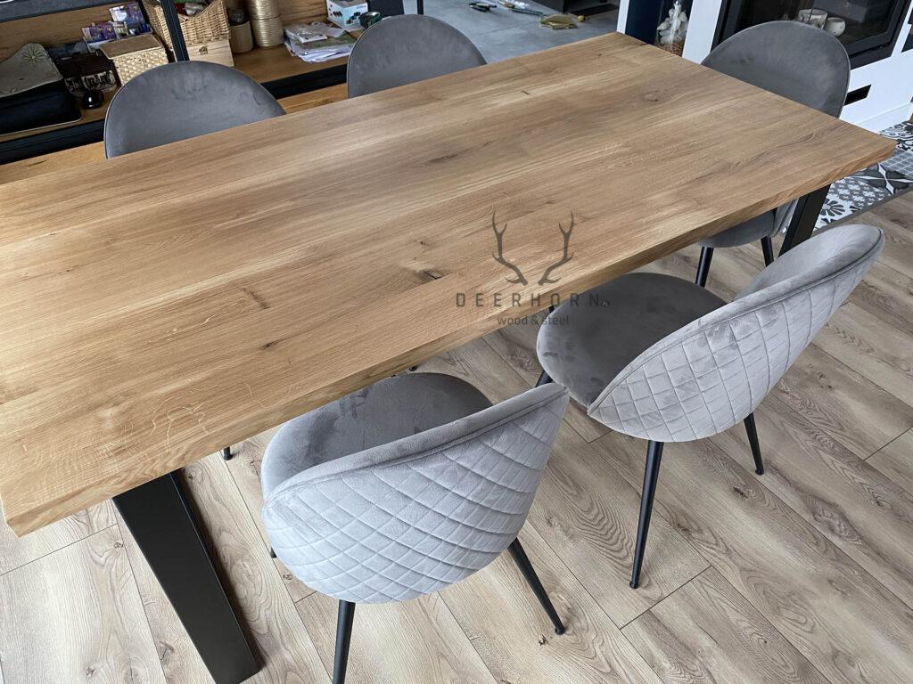wyjątkowy stół loftowy