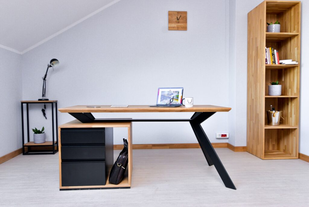 biurka loftowe zdrewna imetalu