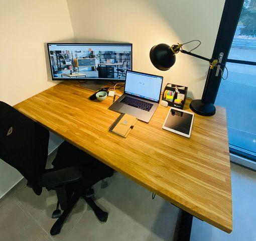 biurko zregulacją