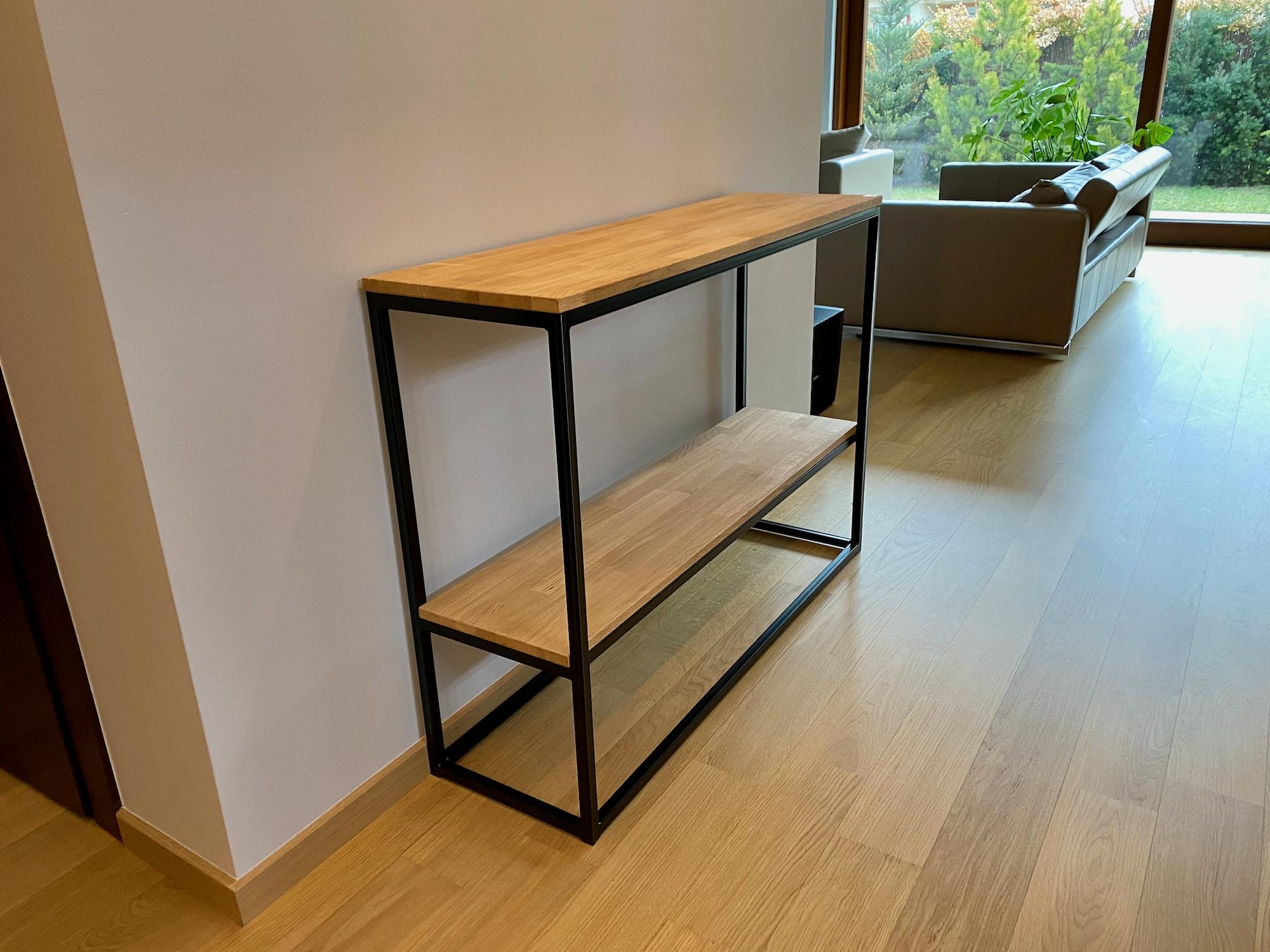 konsola loftowa z drewna i metalu