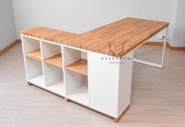 białe biurko industrialne