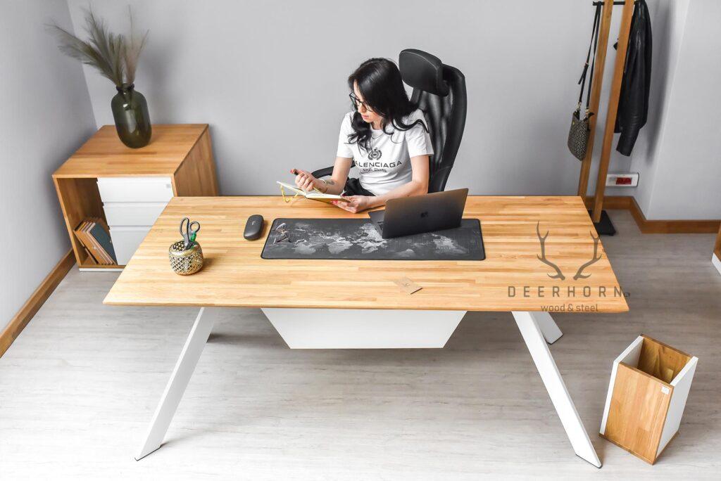 biurko kobiece
