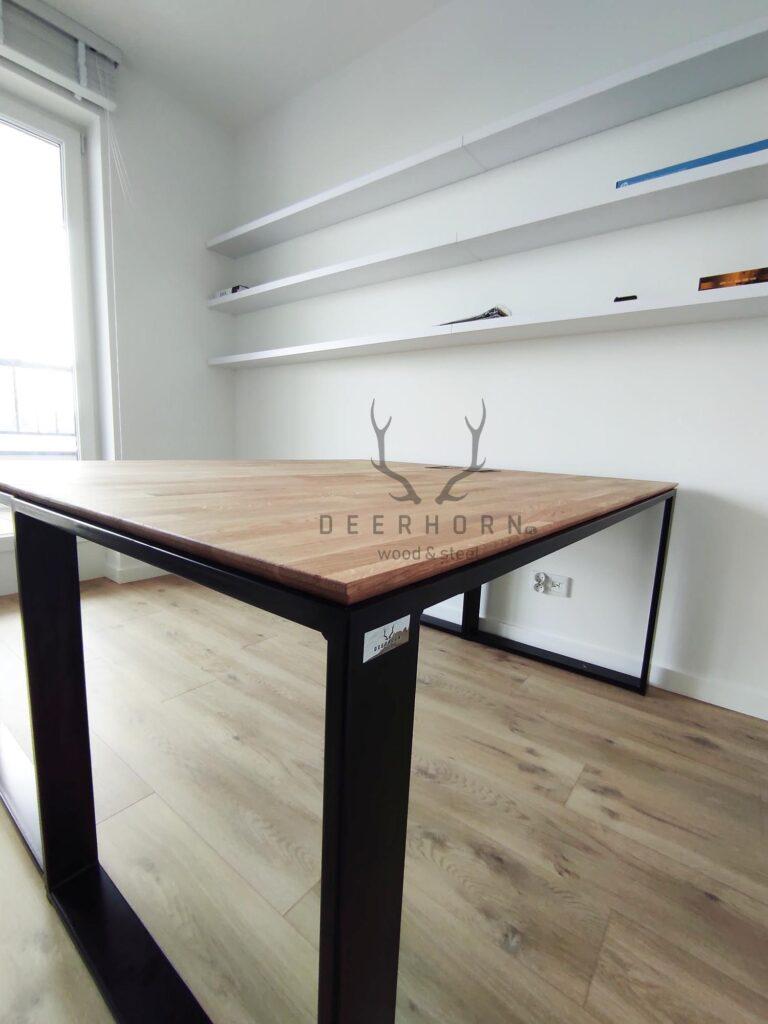 biurko zcienkim blatem slim