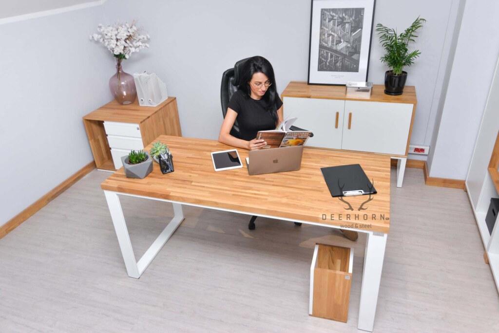 kobiece biurko