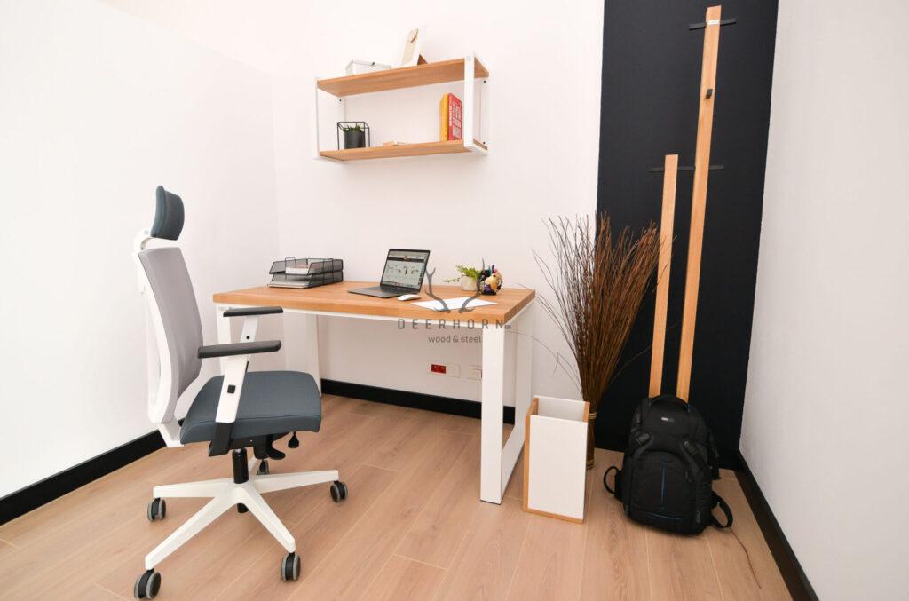 białe biurko Deerhorn