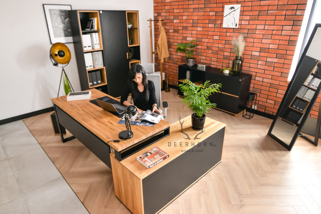 biurko narożne doloftowego gabinetu