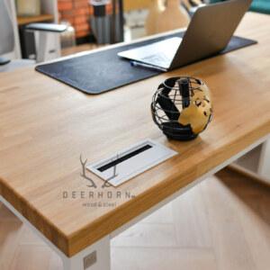 otwór nakable wblacie biurka