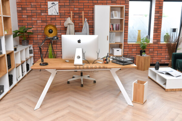 pomysł na kobiece biurko