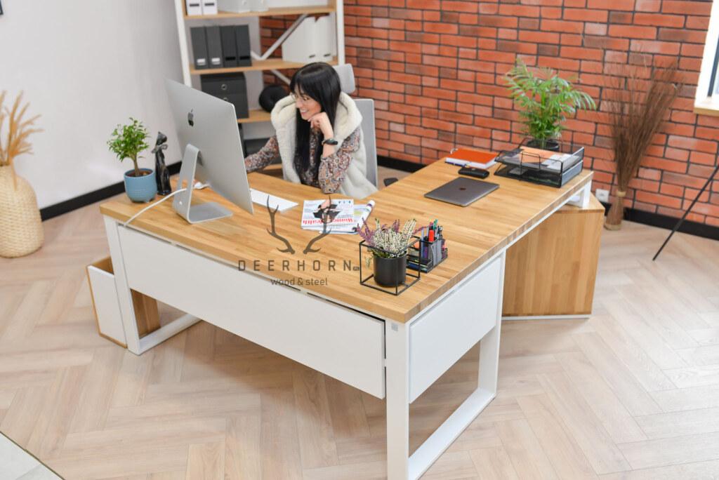 biurko kobiece białe