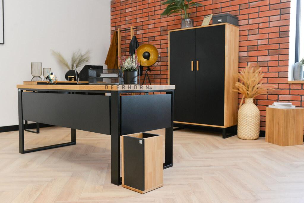 biurko zmaskownicami